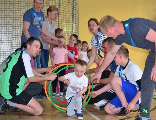 Budzów: Przedszkolaki ćwiczyły z rodzicami
