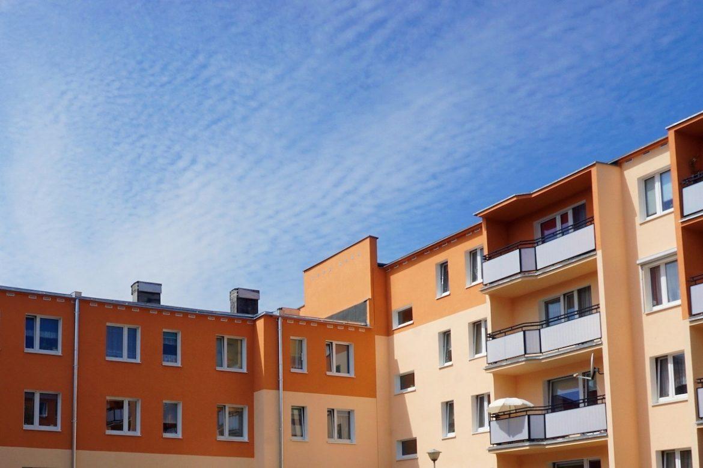 Przetargi mieszkaniowe jak tanio kupić nieruchomość