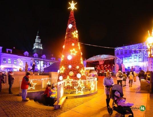 Wyjątkowy świąteczny klimat na bielskiej starówce