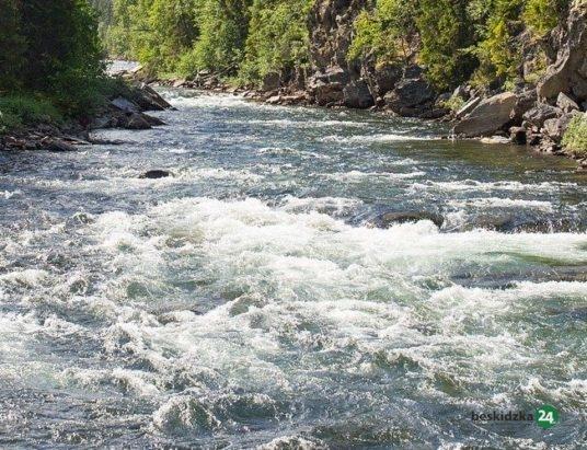 Lipowa: zwłoki w rzece. Nie żyje 37-latek
