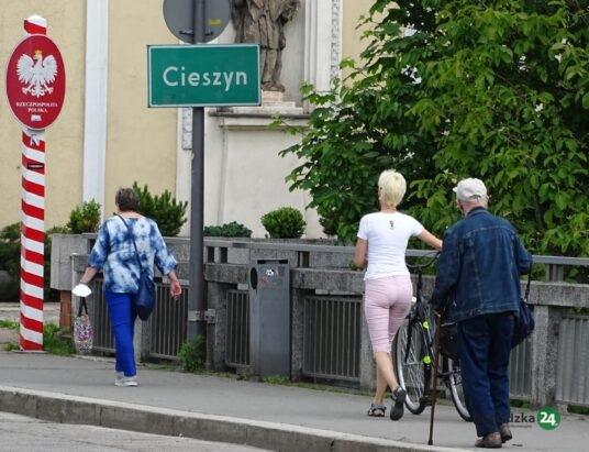 Podróż w jedną stronę? Czesi poluzowali graniczne obostrzenia. Polska funduje kwarantannę