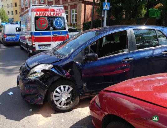 Zignorowała znak STOP, dwa auta rozbite (ZDJĘCIA)